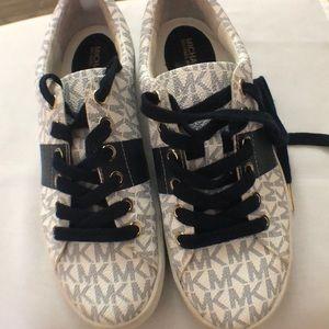 Michael Kors sneakers Navy & white